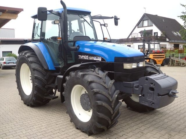 Zaz 1105 new holland tm 165 allrad ** gefederte vorderachse **