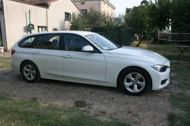 Bmw 320 bmw 320d touring efficient dynamics - dettaglio 2