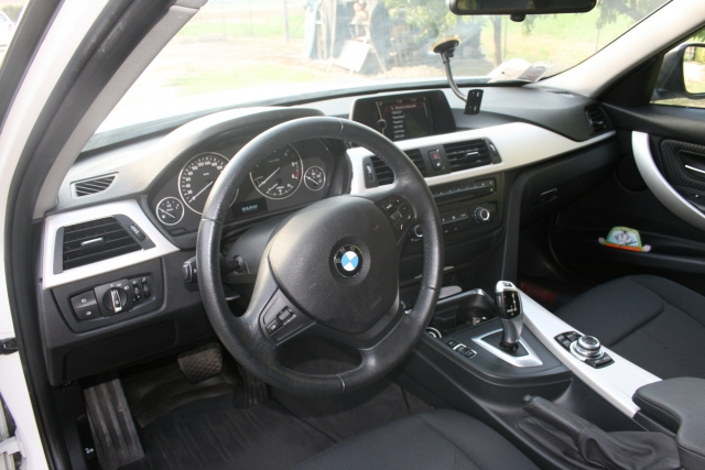 Bmw 320 bmw 320d touring efficient dynamics - dettaglio 3