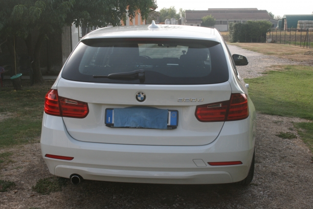 Bmw 320 bmw 320d touring efficient dynamics - dettaglio 4