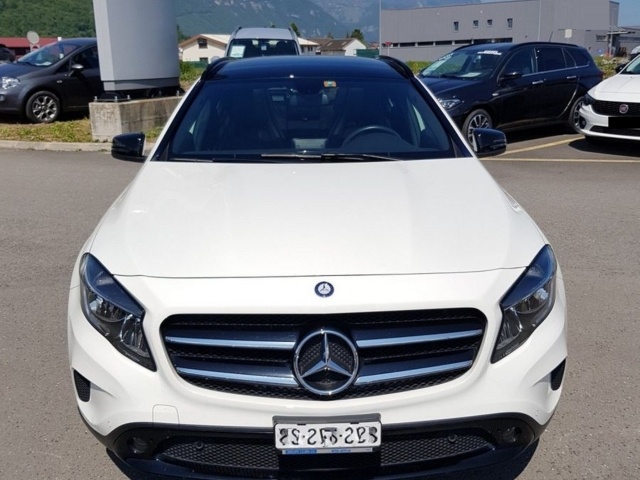 Mercedes-benz gla 200 mercedes-benz gla 200 cdi urban 4matic 7g-dct
