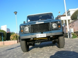 LAND ROVER Defender 2.5 turbo diesel hard top
