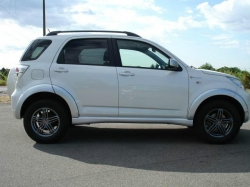 DAIHATSU Terios 1.5 4WD B You OF Five