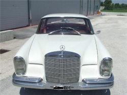 MERCEDES-BENZ 220 220 SE Coupe Bianco