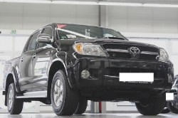 TOYOTA Hilux 2.5 DOUBLE CABINE 4-4D 4x4