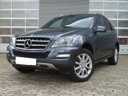 MERCEDES-BENZ ML 300 CDI Grand Edition Blue Efficiency