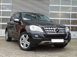 MERCEDES-BENZ ML 300 CDI Sportpaket