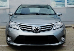 TOYOTA Avensis  2.0 D-4D Lounge