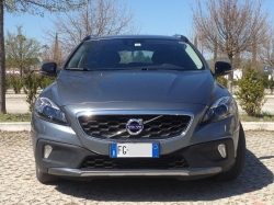 VOLVO V40 CC Cross Country D3 - SUMMUM - Garanzia fino al 02/2019