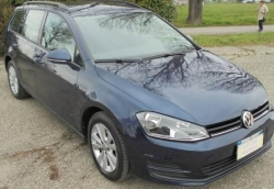 VOLKSWAGEN Golf CONFORTLINE BLUMOTION TECH