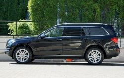 MERCEDES-BENZ GL 350  BlueTEC 4matic Premium