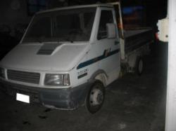 IVECO Daily 35-8 2.5 D Rib.Trilaterale