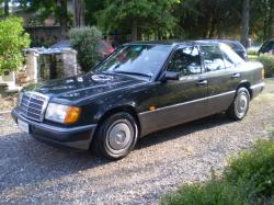 MERCEDES-BENZ 200 E  KM. 110000 UNIPROPR.
