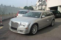 CHRYSLER 300C 6.1 V8 HEMI cat Touring SRT-8