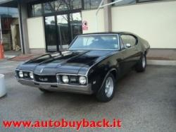 OLDSMOBILE Cutlass Holiday coupe ST68-3687