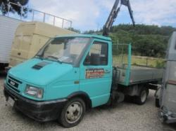 IVECO Daily 30.8 2.5 Diesel PL Cabinato Basic