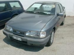 FORD Sierra 2.0i Twin Cam 4 porte Executive