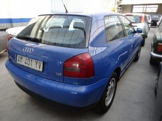 Audi a3 1.6 cat 3 porte attraction - dettaglio 3