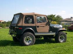 JEEP CJ-7 Renegade V8