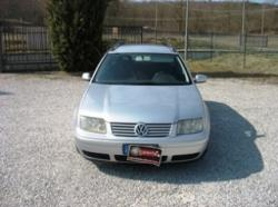 VOLKSWAGEN Bora 1.6 16V cat Variant Highline