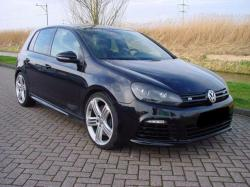 VOLKSWAGEN Golf 2.0 R 4 Motion