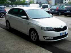 SKODA Rapid Spaceback 1.6 TDI CR 90 CV DSG Ambition