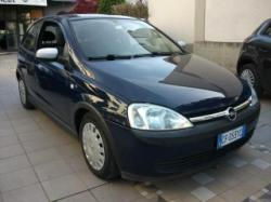 OPEL Corsa 1.0  ,clima, radio cd Km 68000 originali