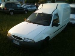 FORD Courier 1.8 diesel cat 3p. Van