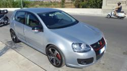 VOLKSWAGEN Golf V 2.0