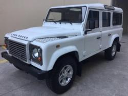 LAND ROVER Defender 110 2.4 TD4 Station Wagon (Molto bello!)