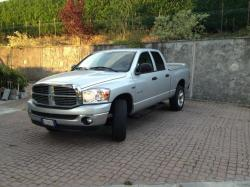 DODGE RAM 1500 HEMI 5.7 DOUBLE CAB