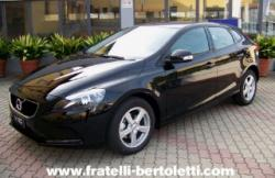 VOLVO V40 D2 Kinetic con Pack STYLE, TRAVEL, CLIMA