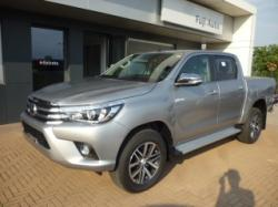TOYOTA Hilux 2.4 D-4D A/T 4WD Double Cab Executive MY 16