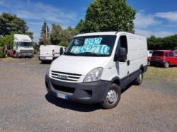 IVECO Daily 35S12 2.3 Hpi PL-TA Furgone