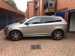 VOLVO XC 60 D3 Geartronic R-design Momentum