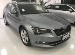SKODA Superb 2.0 TDI DSG Wagon Executive