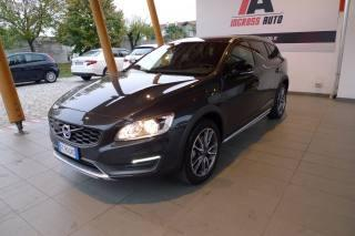 Volvo v60 cross country d3 geartronic kinetic