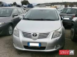 TOYOTA Avensis wagon 2,2 executive