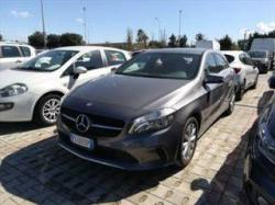 MERCEDES-BENZ A 180 d Automatic Business