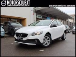 VOLVO  Cross Country D2