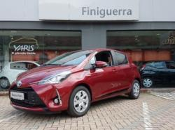 TOYOTA Yaris 1.5 Hybrid 5 porte Active MY 17 RED MICA