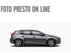 VOLVO V40 D2 KINETIC KM0