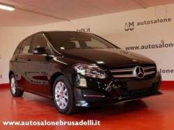 MERCEDES-BENZ B 180 d AUTOMATIC EXECUTIVE TELECAM. NAVI PACK STYLE
