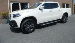 MERCEDES-BENZ 250 X 250 D 4Matic LED High Perf.