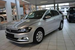 VOLKSWAGEN Polo Comfortline DSG Clima Bleutooth